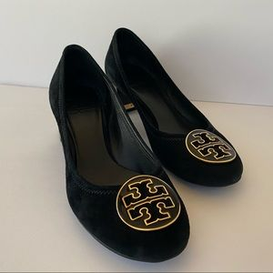 Tory Burch Amy Suede Pumps 7.5